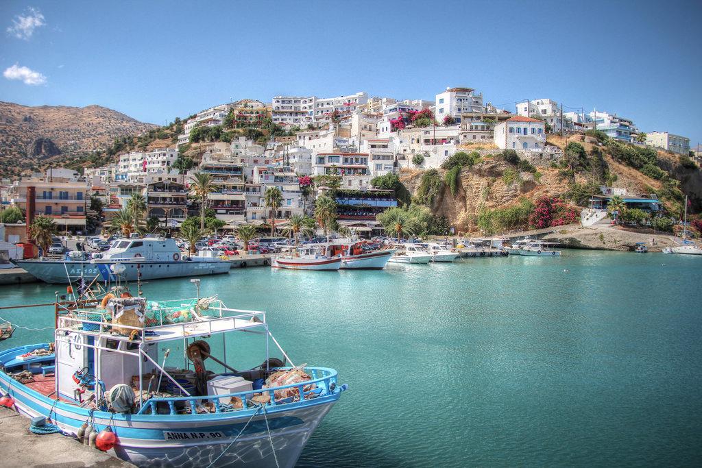 Kreta-pristav-clny-mesto
