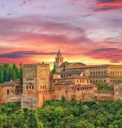 granada_alhambra_Lady_Travel